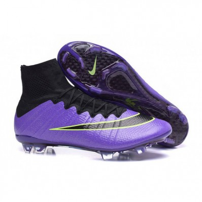 chaussure a crampon nike pas cher