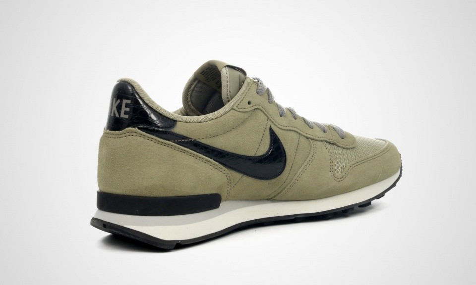 nike internationalist homme kaki
